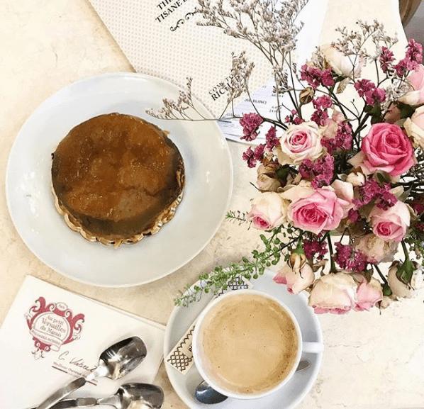 Au petit Versailles du Marais, boulangerie à Paris