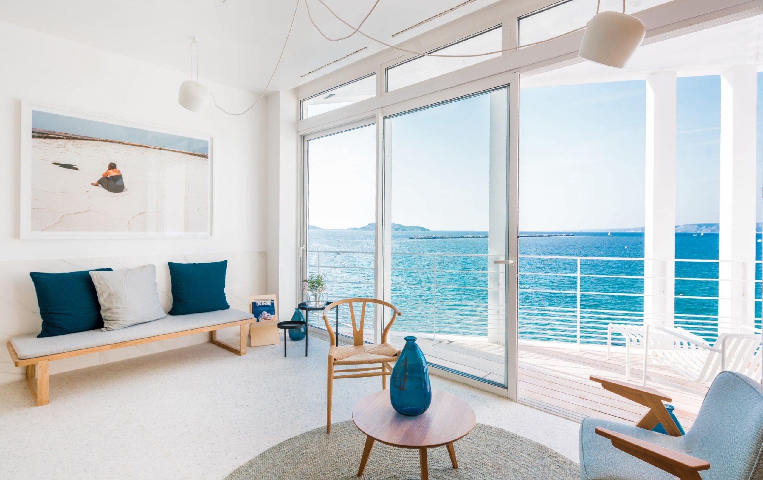 Les Bords de Mer, Hôtel